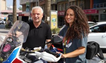 Akademisyen Asil Özbay Motorsiklet Turuna Çıktı