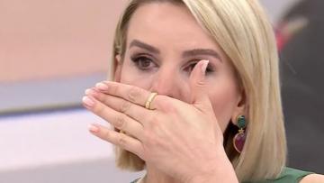 Esra Erol neden ağladı? Ünlü sunucu Keziban'a dayanamadı