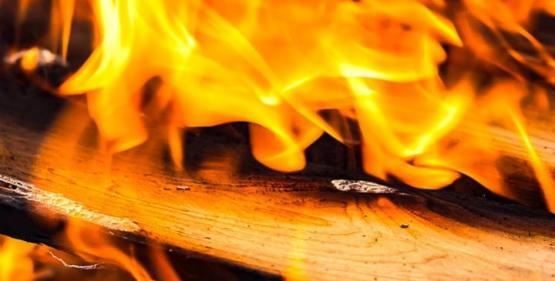 İzmir de Panik Hastanede Yangın Çıktı